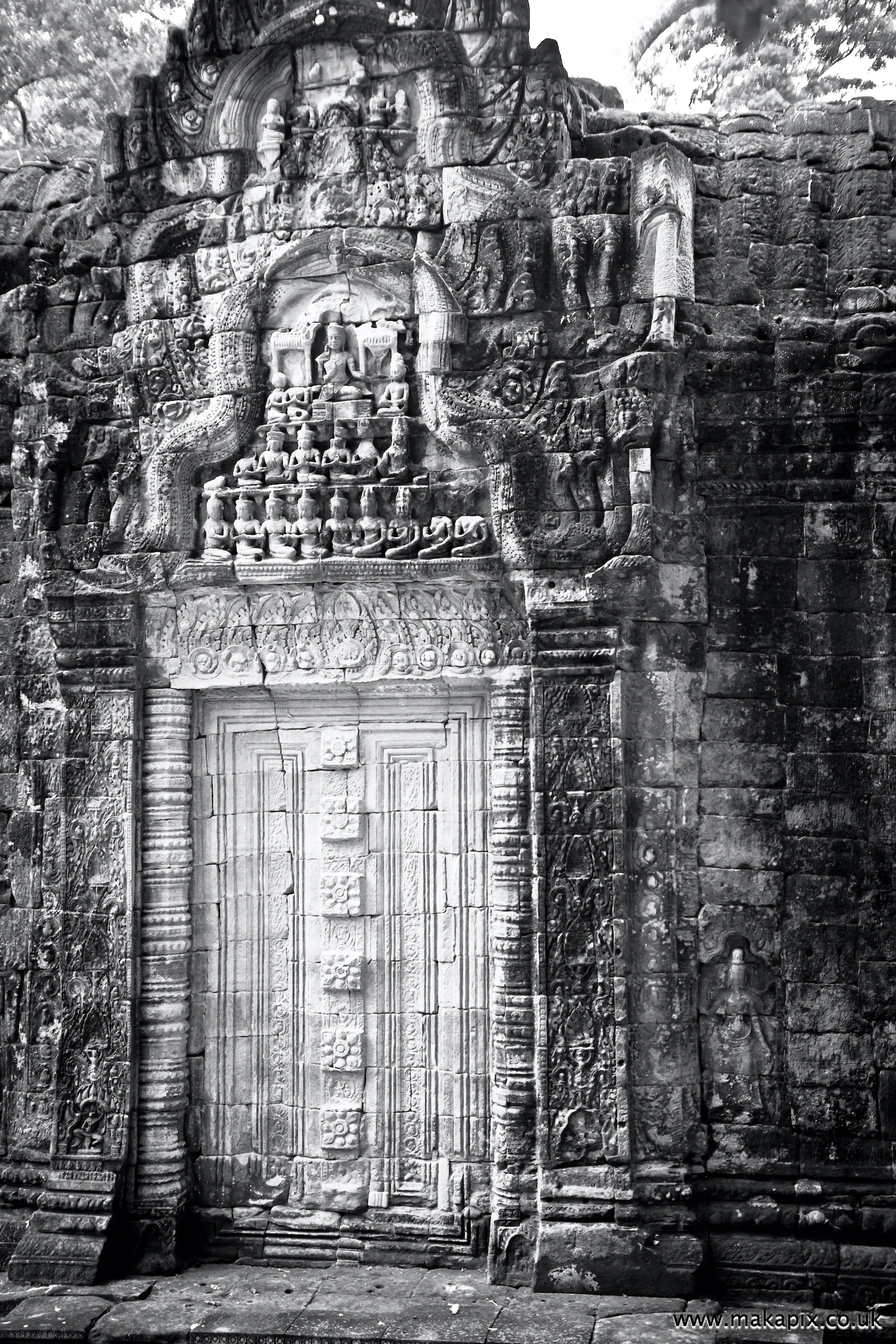 Angkor in black and white