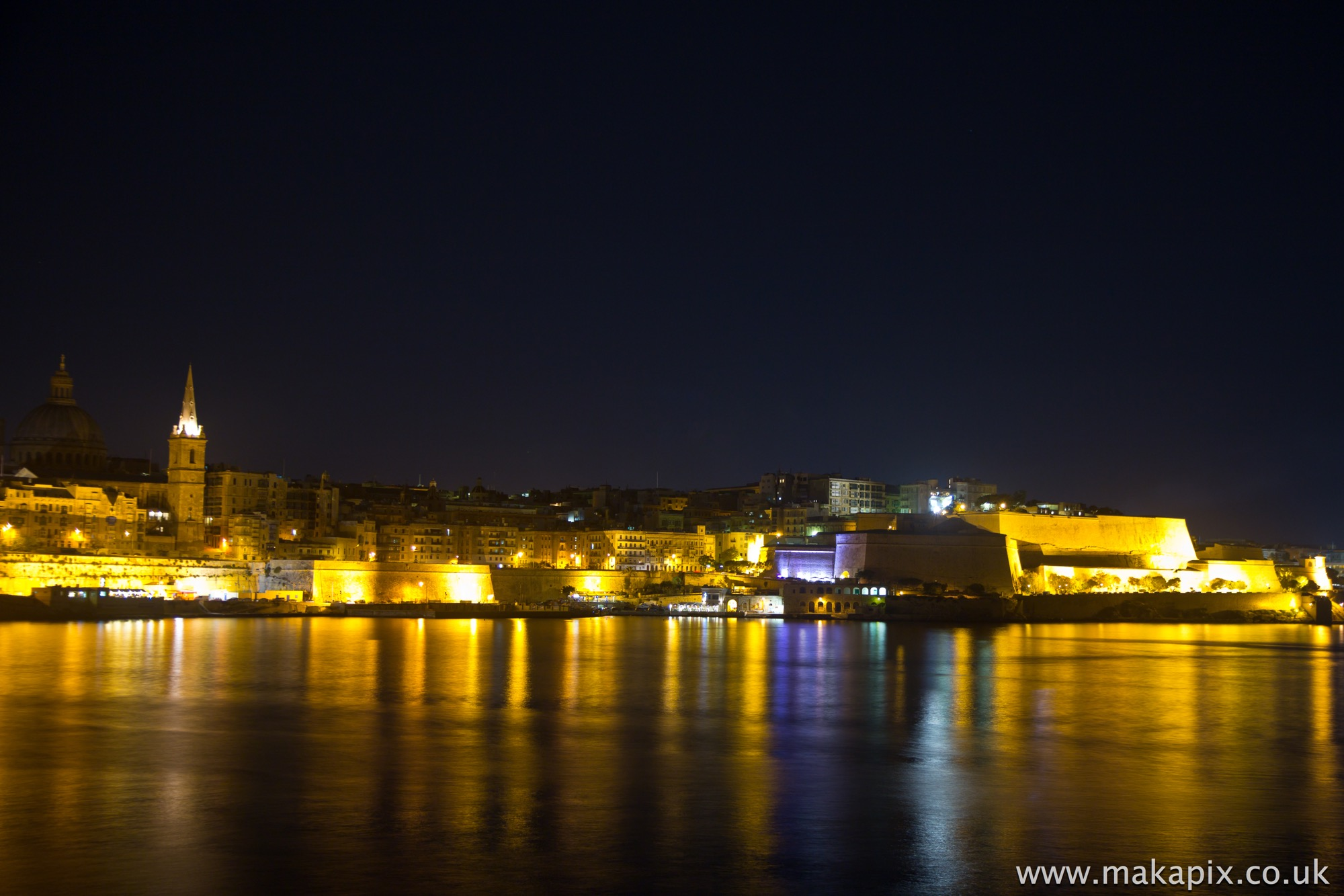 Malta-Valletta at Night 2014